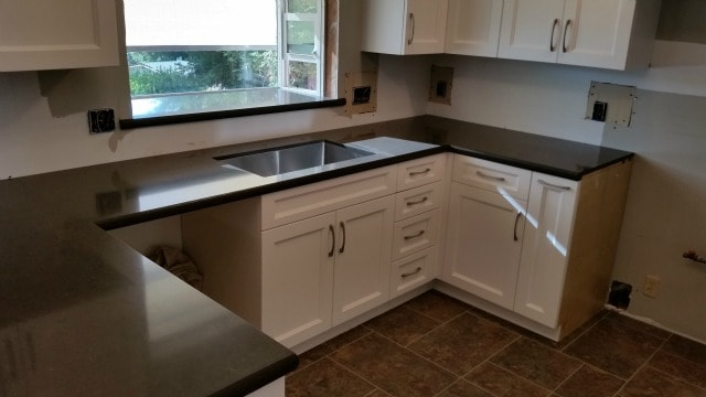 New Kitchen Counter top installed.