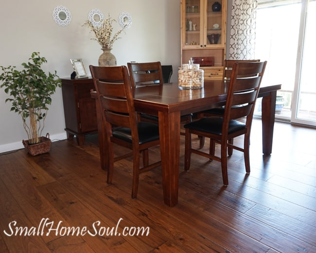 Before picture of dining room table and chairs before reupholstered.