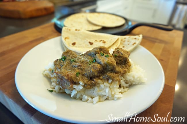 You have to try this yummy Chili Verde recipe that's super easy and as tasty as your local Mexican restaurant, and for a fraction of the cost. www.smallhomesoul.com