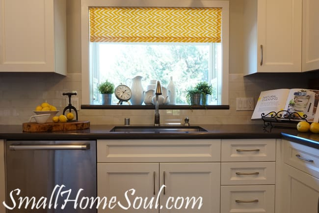 Easy Kitchen Curtains, and they're lined too!