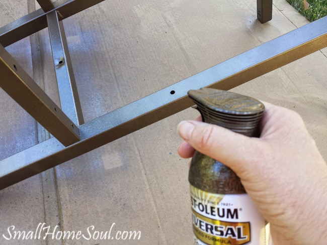 Make a Patio Cart from an Old BBQ - www.smallhomesoul.com