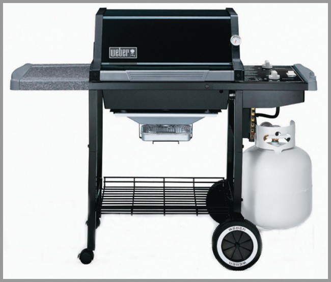BBQ Cart with bbq still in tact.