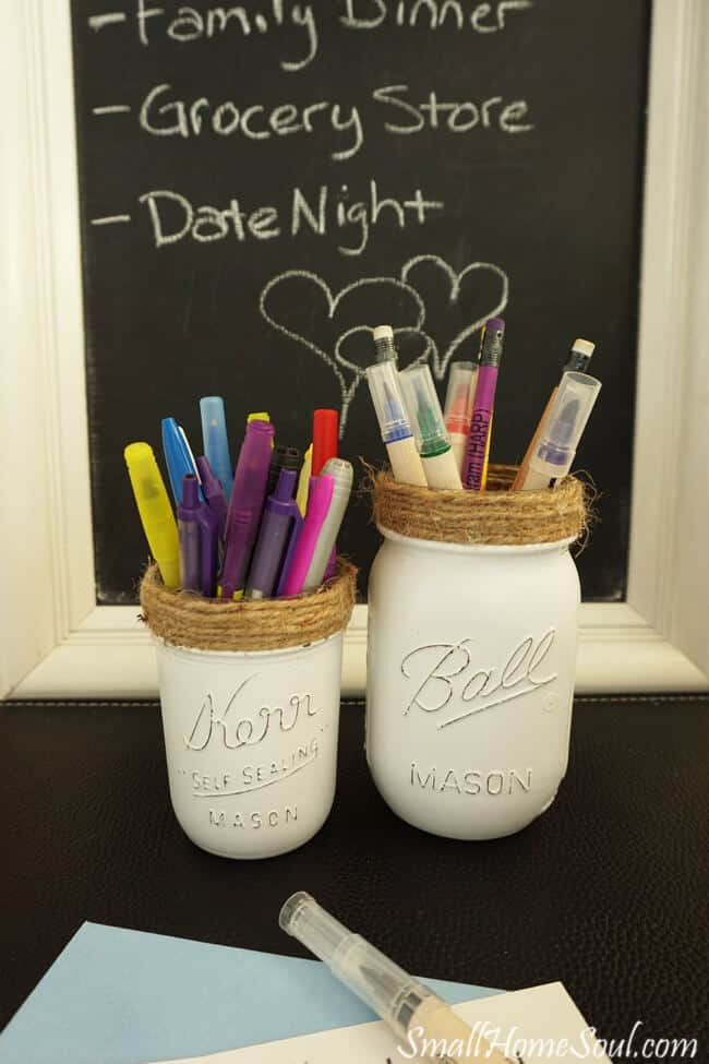 Make these easy DIY Mason Jar Pencil Holders