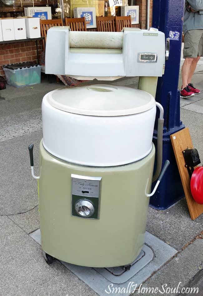 Antique Fair Old Washing Machine