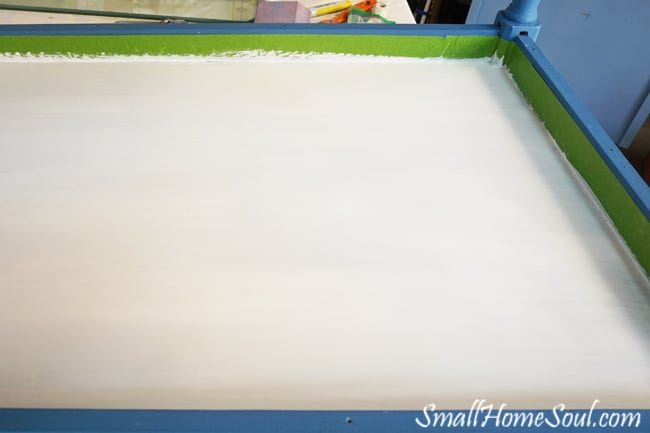 Chalky Paint Bottom
