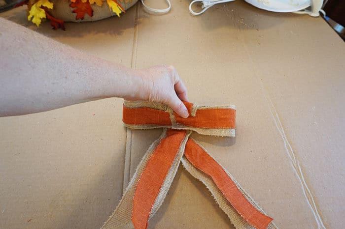 five minute fancy bow rolling