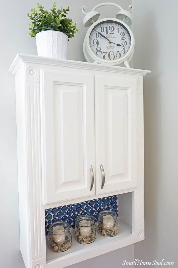 You have to see this beautiful Master Bathroom Makeover completed for less than $100