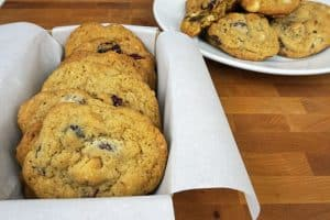 These chocolate chip macadamia nut cookies look so yummy, I'm making some this weekend!