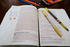 This NKJV-Journal-the-Word-Bible makes it easy to take notes and reflections.