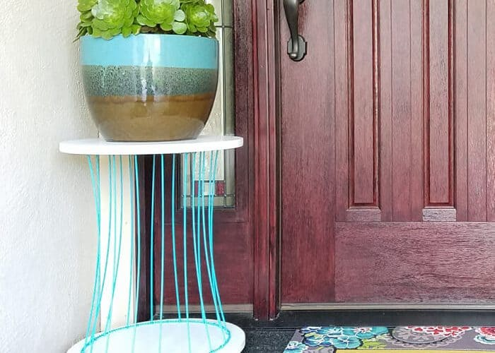 Outdoor Plant Stand – From an Old Basket