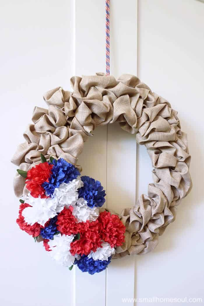 July 4th wreath is easy to update on a bubble wreath for 4th of July.