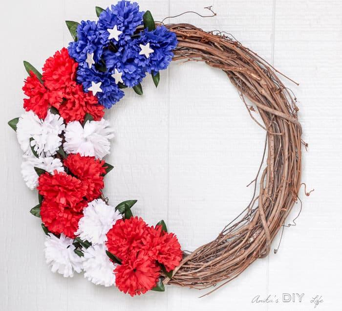 Anika's Interchangeable Easy Patriotic Wreaths from Anikas DIY Life