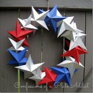 Easy Patriotic Wreaths by CONFESSIONS OF A PLATE ADDICT 3-D Paper Star Wreath
