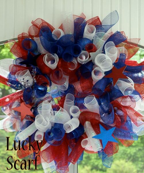 Lucky Scarf's Easy Patriotic Wreaths in Shimmery ribbon.