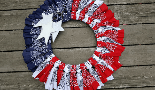 My Thrifty House's Easy Patriotic Wreaths with bandanas.