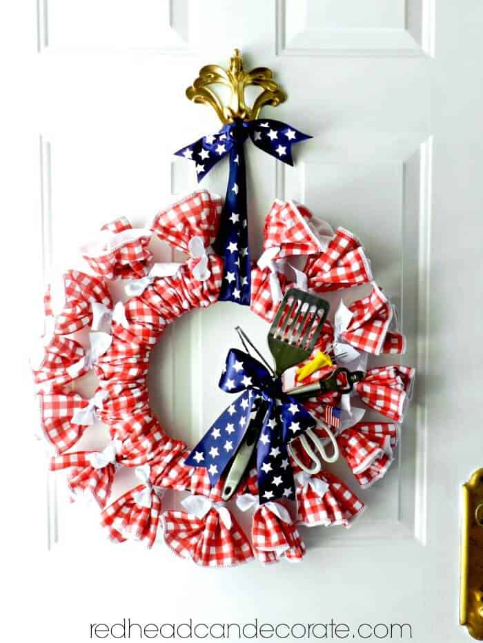 RedHead Can Decorate's Easy Patriotic Wreaths from Dollar Store items.