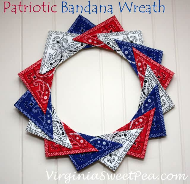 Virginia Sweet Pea's Easy Patriotic Wreaths in triangle bandanas.