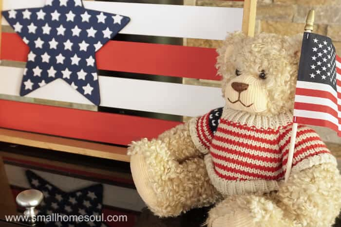 July 4th Star Tray and flag bear.