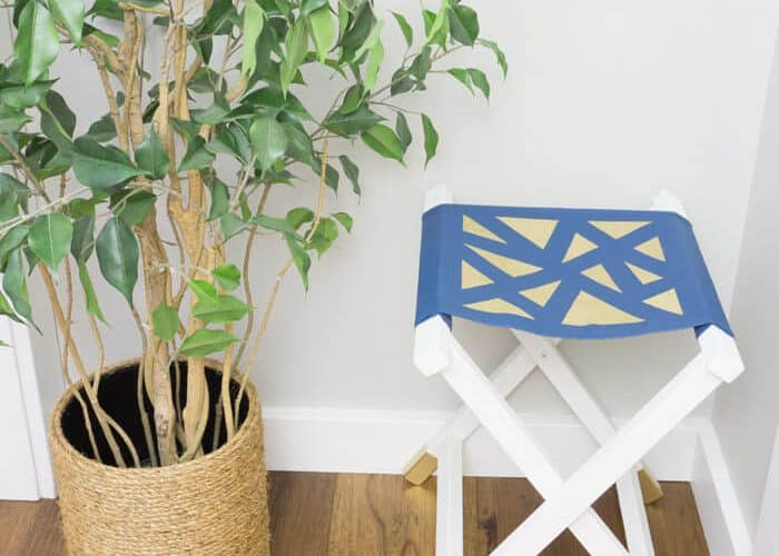 Canvas Folding Stool – Glam it up with Gold