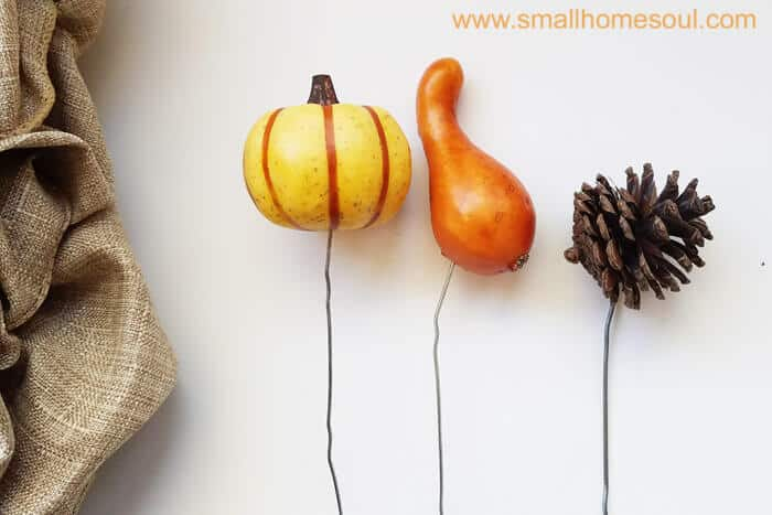 Homemade picks with paperclips to use in Fall Decor Update. Fall wreath pumpkin wreath.