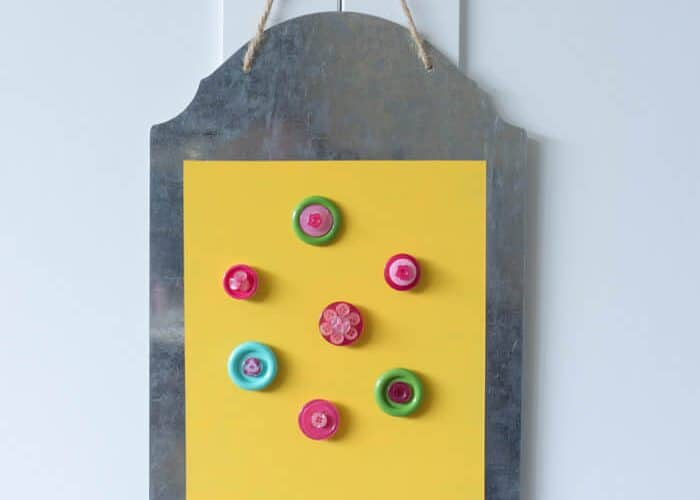 Magnetic Memo Board with Button Magnets