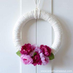 DIY Spring Wreath is easy to make.