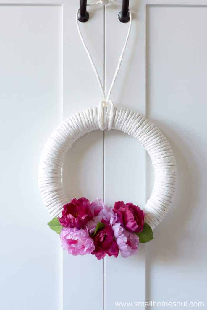 DIY Spring Wreath looks beautiful in any room of your home.