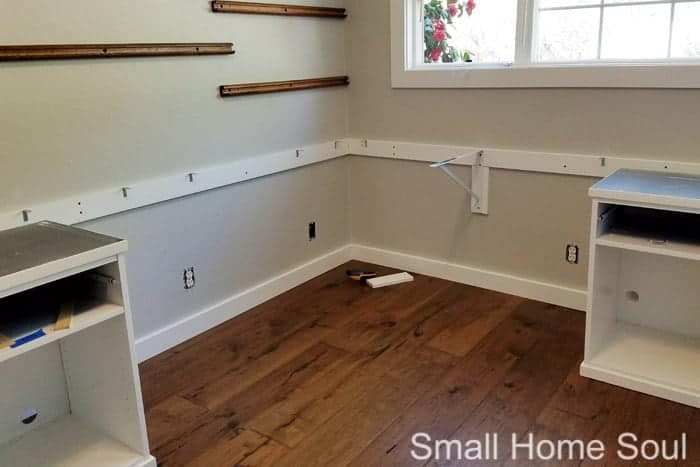Attaching bracings to wall for DIY L Shaped Desk