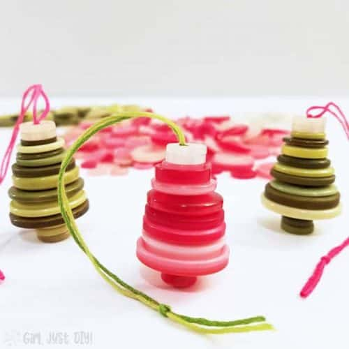 Button Christmas Ornaments – Easy and Fun