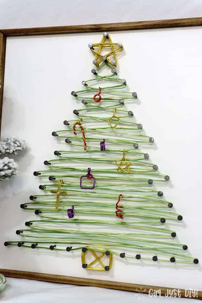 Side view of String Art christmas tree.