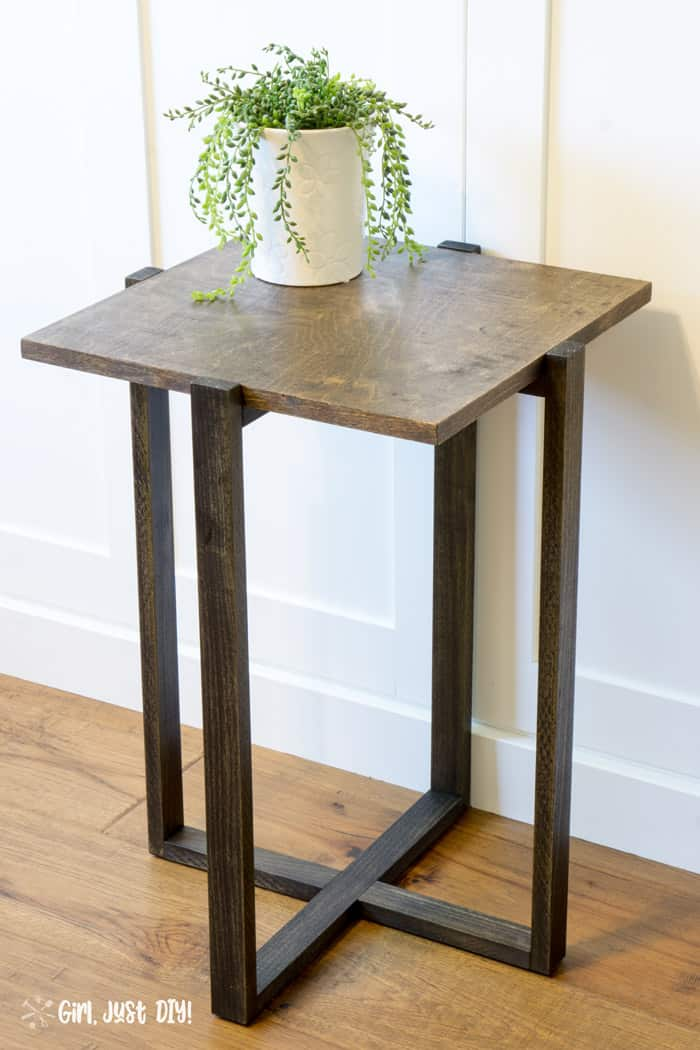 Angled picture of diy modern end table showing the top.
