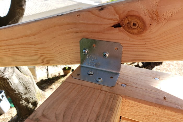 Face Truss connected with metal l bracket