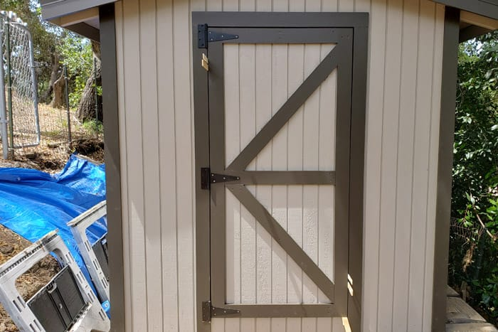 fitting shed door into opening evenly